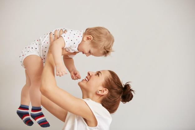 rapporto madre bambino mamma lavoratrice colpa dubbi